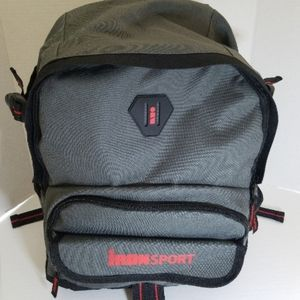 NWT Travelway backpack/ laptop compartment